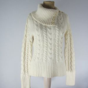 Banana Republic M Ivory Angora Lambswool Sweater